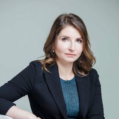 Maria Snegovaya headshot