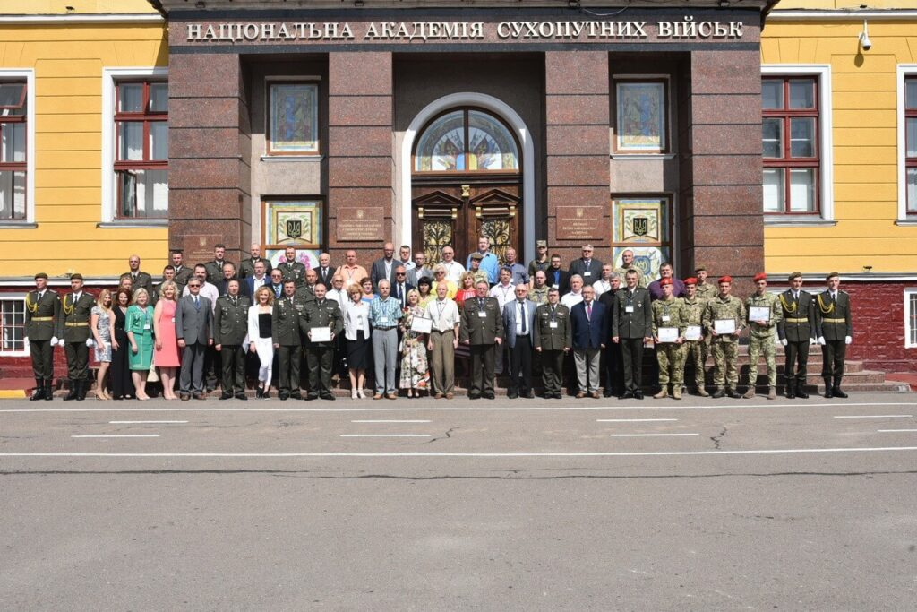 41 Photo posted to Facebook by the NAA Chief. Danylo Tikhomirov and Yuriy Gavrylyshyn appear to be on the right in the bottom row wearing red berets